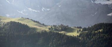 Paysage alpin dans la lumière de matin Image libre de droits