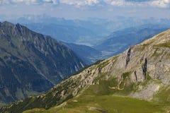 Paysage alpin de montagne à l'été Alpes autrichiens image libre de droits