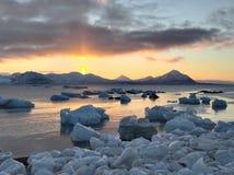 Paysage arctique d'hiver - le Svalbard photographie stock