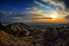 Paysage au coucher du soleil/au lever de soleil image stock
