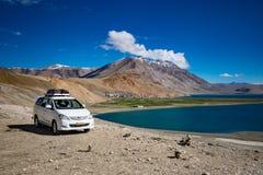 Paysage autour de lac tso Moriri dans Ladakh, Inde photographie stock libre de droits