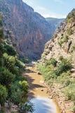 Paysage autour du l'EL-Ouidane de poubelle de barrage Photographie stock