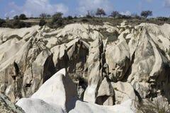 Paysage avec des roches dans Kappadokia, Turquie Photographie stock