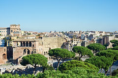 Paysage avec des vues de ville Rome Images libres de droits