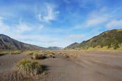 Paysage avec la montagne et le sable Photo libre de droits
