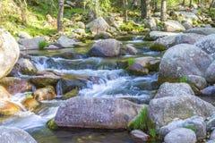Paysage avec la rivière Photos stock
