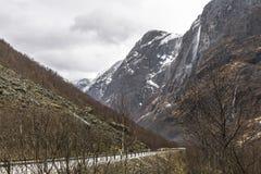 Paysage avec la route de montagne Images libres de droits