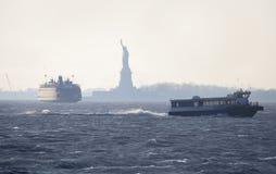 Paysage avec la statue de la liberté. Image libre de droits