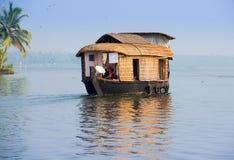 Kerala maison bateau sexe