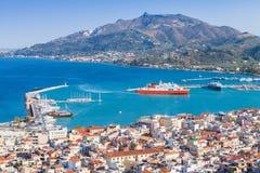 Paysage côtier de ville de Zakynthos Photographie stock libre de droits