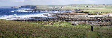 Paysage côtier panoramique dans les Orcades photo stock