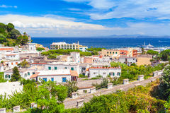 Paysage côtier de ville de Lacco Ameno Photos stock