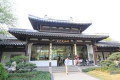 Paysage culturel de lac occidental de vue de rue de Hangzhou Image stock