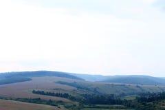 Paysage d'été avec de belles montagnes Photographie stock