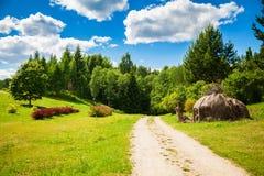 Paysage d'été dans le jardin botanique de Vilnius Photographie stock libre de droits