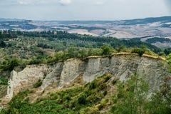 Paysage d'été près de Volterra, Toscane photos stock