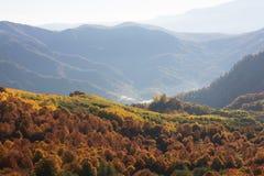 Paysage d'automne dans les montagnes de Lago-Naki Images stock