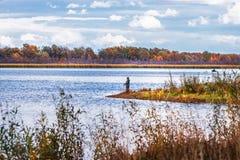 Paysage d'automne sur la rivière Enregistrement de la Sibérie occidentale, Novosibirsk images stock