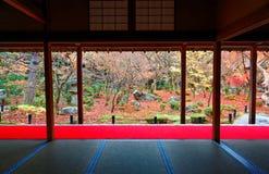 Paysage d'automne d'un beau jardin japonais à Kyoto Japon photographie stock