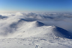 Paysage d'hiver avec la haute montagne en Slovaquie Image stock