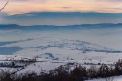 Paysage d'hiver dans Novi Pazar, Serbie Photographie stock libre de droits