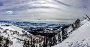 Paysage d'hiver de Brighton Ski Resort en montagnes Utah de wasatch image stock