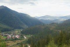 Paysage dans Carpathiens dans l'auturmn Photo stock