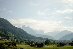 Paysage dans le nord de l'Italie photographie stock