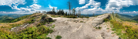 Paysage dans les montagnes de Beskid photographie stock