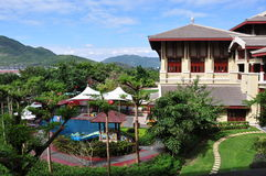 Paysage dans Ritz-Carlton Sanya, baie de Yalong Photos libres de droits