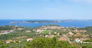 Paysage de baie et d'île Péloponnèse Grèce de Navarino de Sphacteria photos libres de droits