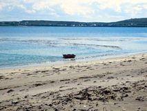 Paysage de bateau de l'Irlande d'île de mer Images stock