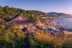 Paysage de Busan, temple de Haedong Yonggungsa à Busan Photo stock
