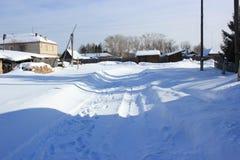 Paysage de campagne d'hiver images stock