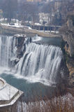 paysage de cascade d'hiver Photos stock