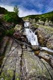 Paysage de cascade Siklawa dans Tatras Photographie stock