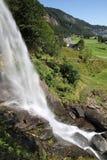 Paysage de cascade de Steinsdalsfossen images libres de droits