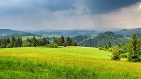 Paysage de chaîne de Pieniny en Pologne du sud images stock