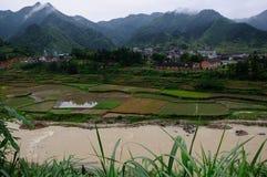 Paysage de champ dans le comté de Xinhua Photographie stock libre de droits