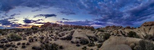 Paysage de désert après ensemble de Sun Photographie stock libre de droits