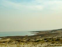 Paysage de désert près de la mer morte à l'aube, Israël photographie stock libre de droits