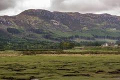Paysage de Dundonnell près de petit balai de loch, Ecosse Photographie stock