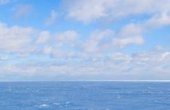 Paysage de fond d'hiver Images libres de droits