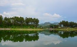 Paysage de lac dans Moc Chau, Vietnam Images libres de droits