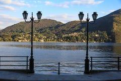 Paysage de lac et de montagne Images stock
