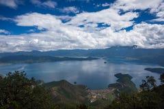 Paysage de lac Lugu Photo stock