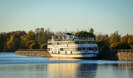 Paysage de lac de Vyborg, Russie Photos stock