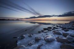 Paysage de lever de soleil de rivière de soirée Images libres de droits