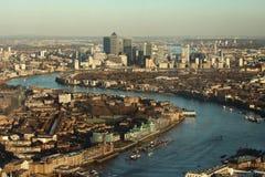 Paysage de Londres avec le nain jaune canari Photos libres de droits