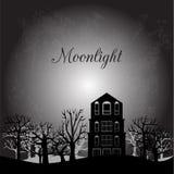 Paysage de minuit avec la vieux maison et arbres Photo stock